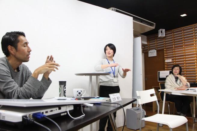 第四回ゲスト Patagonia日本支社長の辻井さんから事業に対するコメントを受けている伊倉さん