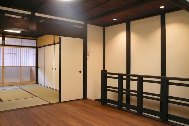 構造材と真壁で構成された京町家の特徴を生かした家
